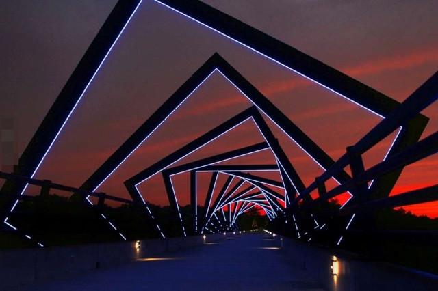 世上最美的橋你看過幾座,英國的氣球橋也著實讓我大開眼界(1)