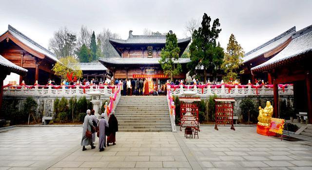 大美潜山:千年名刹三祖禅寺